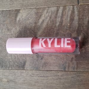 New Kylie gloss in Slept On